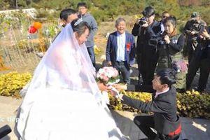 Cặp đôi tổ chức đám cưới ở nghĩa trang và lý do đặc biệt