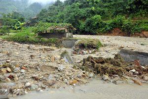 Cả nước mưa rải rác, các tỉnh miền núi thiệt hại hàng chục tỷ đồng do mưa lũ