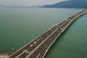 Cầu vượt biển dài nhất thế giới ở Trung Quốc hứng 'bão' chỉ trích