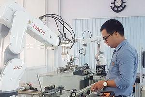 Chuẩn bị gì trước cuộc cách mạng công nghiệp 4.0? - Để người lao động hội nhập với công nghiệp 4.0