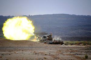 Choáng ngợp Quân đội Algeria tập trận với xe tăng T-90, tiêm kích Su-30