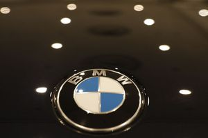 BMW thu hồi hơn 1 triệu xe hơi