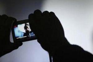 Xử lý chuyên viên Văn phòng UBND tỉnh An Giang nhắn tin tống tình bạn gái cũ