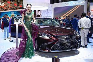 VMS 2018: Lexus trưng bộ ba xe sang và lần đầu ra mắt công nghệ thực tế ảo