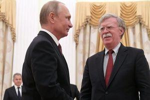 Đòn châm biếm ngoạn mục của Tổng thống Putin với Cố vấn an ninh tổng thống Mỹ