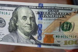 Vụ đổi 100 USD bị phạt 90 triệu đồng: Đúng luật nhưng chưa thuận tình