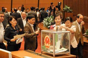 Quốc hội chuẩn bị lấy phiếu tín nhiệm 48 chức danh