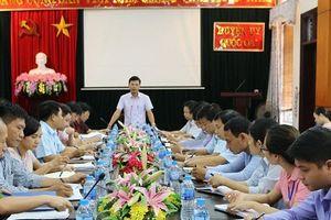 Hà Nội: Thường trực Huyện ủy Quốc Oai làm việc với đội quản lý trật tự xây dựng đô thị