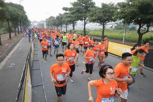 Hơn 2.500 VĐV thuộc 25 quốc gia và vùng lãnh thổ tham dự giải 'Long Biên Marathon'