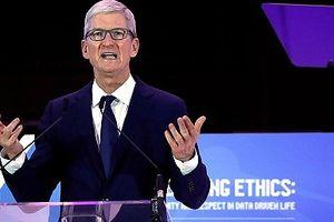 Ông chủ Apple chỉ trích Facebook và Google xâm phạm dữ liệu người dùng