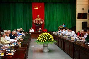 Lãnh đạo thành phố gặp mặt các chiến sỹ cách mạng bị địch bắt tù đày