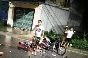 Hai xe máy va chạm kinh hoàng, 3 người chết, 4 người bị thương