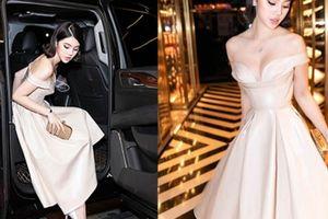 Hoa hậu nhà giàu Jolie Nguyễn lại xuất hiện với siêu xe, đồ hiệu tiền tỷ