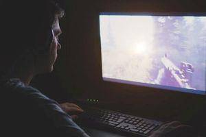 Cảnh báo xu hướng 'nghiện' xem phim trên mạng