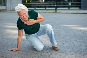Sau cơn đau tim, nguy cơ đột quỵ tăng trong 3 tháng