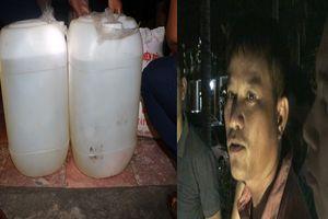 Bắt vụ vận chuyển ma túy đá lớn đựng tinh vi trong 2 can nhựa