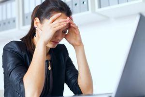 Stress nhiều dẫn đến mất trí nhớ và teo não