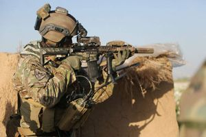 Xem đặc nhiệm Mỹ đấu súng với nhóm quân lạ ở Aleppo, Syria