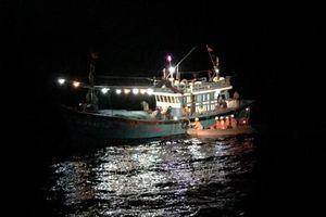 Va phải đá ngầm, tàu của ngư dân chìm trên vùng biển Hải Phòng