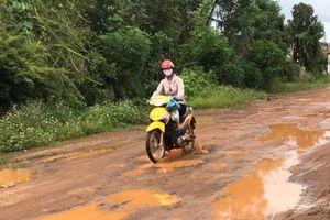 Lội bùn vào xã nông thôn mới ở Đắk Nông
