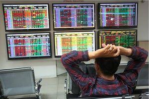 TTCK ngày 25/10: VN-Index tiếp tục dò đáy, tìm lại thanh khoản