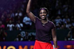 WTA Finals: Hạ Bertens, Stephens níu giữ 1 tia hy vọng cho Naomi Osaka