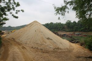 Yên Bái: Còn nhiều bãi tập kết cát, sỏi hoạt động trái phép