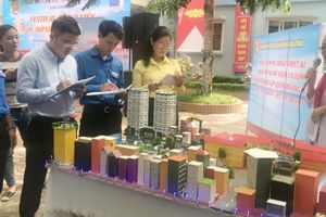 Triển lãm thiết kế mô hình chào mừng 15 năm thành lập quận Hoàng Mai