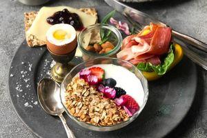 Chuyên gia nói gì về chế độ ăn kiêng kiểu Bắc Âu được cho là dễ thực hiện nhất trên thế giới?