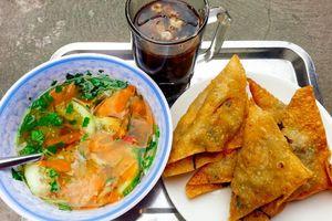 Vi vu thưởng thức ẩm thực mùa thu ở thành phố Cảng
