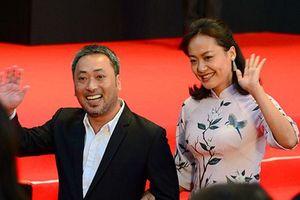 Sao Việt rạng rỡ trên thảm đỏ Liên hoan phim quốc tế Tokyo