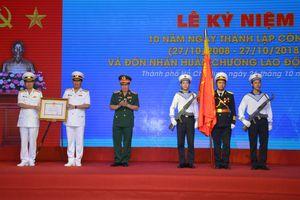 Công ty TNHH MTV Hoa tiêu Tân Cảng đón nhận Huân chương Lao động hạng Nhì