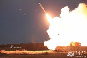 Choáng với sức mạnh tên lửa HQ-22 Trung Quốc vừa phóng hàng loạt