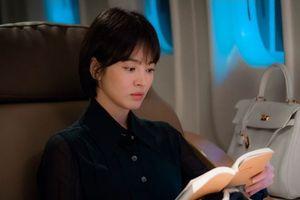 Mái tóc ngắn 'cực phẩm' của Song Hye Kyo tiếp tục gây bão xu hướng thời trang