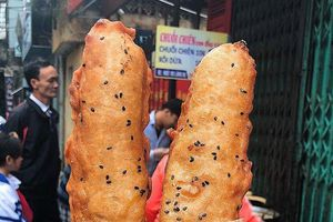 Những món ăn vặt ở Hà Nội lại 'lên ngôi' khi trời se lạnh