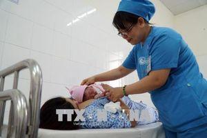 Chênh lệch giới tính khi sinh của Hà Nội vẫn 'báo động đỏ'