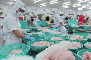 Chiến tranh thương mại Mỹ-Trung: Cơ hội và thách thức cho hàng Việt