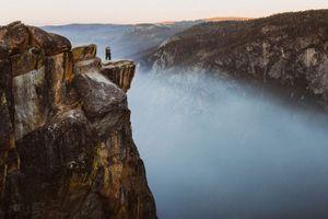 Cặp đôi chết thảm vì cầu hôn bên vách đá cao hơn 2.000m