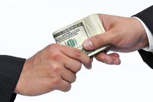 Nhận hối lộ, một cán bộ Sở TN&MT Cà Mau bị khởi tố