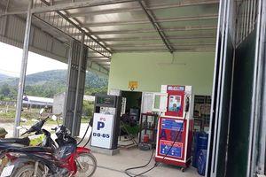 Hà Trung (Thanh Hóa): Bất chấp lệnh cấm vẫn kinh doanh xăng dầu trái phép
