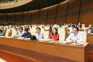 Quốc hội thảo luận về KTXH: Đồng lòng hiến kế để tăng trưởng bền vững hơn