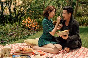 Bộ ảnh lãng mạn, tình tứ bên nhau của vợ chồng Kiệt - Hân 'Gạo nếp gạo tẻ'