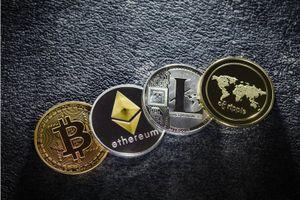Bitcoin vững vàng trong bối cảnh chứng khoán bị bán tháo