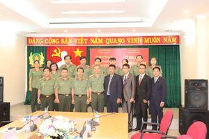 Khai giảng lớp bồi dưỡng nghiệp vụ y tế cho cán bộ Bộ Nội vụ Campuchia