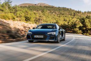 Audi R8 V10 2019 được cải tiến về thiết kế và sức mạnh