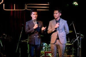 Triệu Lộc xúc động trong minishow kỷ niệm 10 năm ca hát