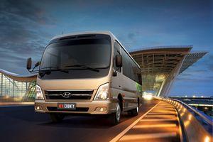 Hyundai New County cạnh tranh với Fuso Rosa và Isuzu Samco