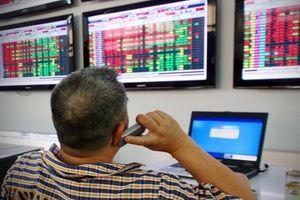 Chứng khoán 26/10: VN-Index tiếp tục lùi về vùng hỗ trợ 900 điểm