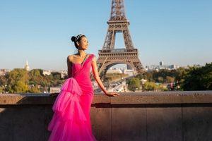 Ngắm bộ ảnh đẹp lung linh của Á hậu Hoàng Thùy tại Pháp