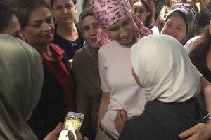 Rụng hết tóc, phu nhân Tổng thống Syria Assad vẫn lạc quan điều trị ung thư